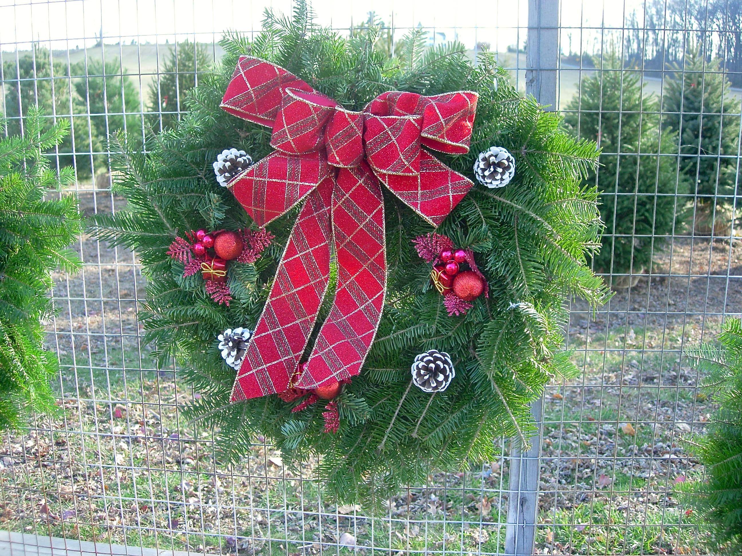 Wreaths   Bullock Farms - Cream Ridge, NJ